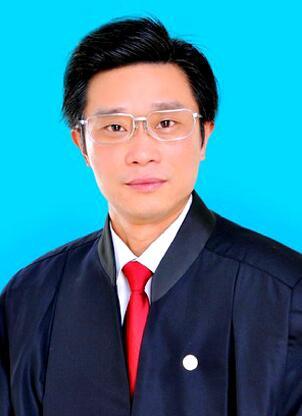 律师姓名:张 耀