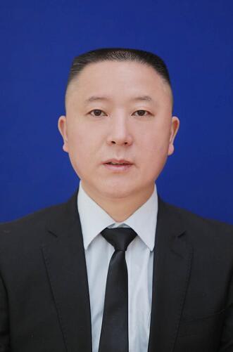 律师姓名:张 义